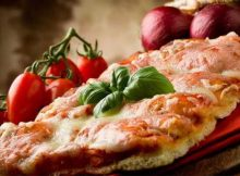 Pizza con le cipolle
