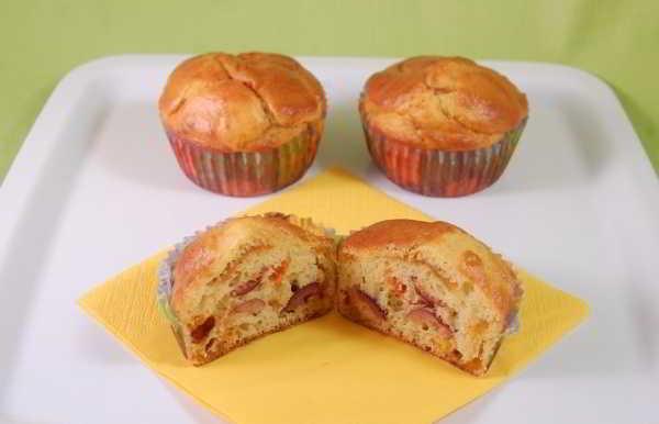 Muffin con pollo e peperoni