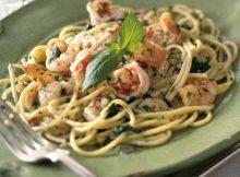 spaghetti-pesto-gamberoni_650x389