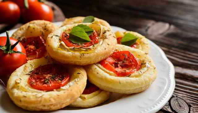 Pizzette golose al pomodoro